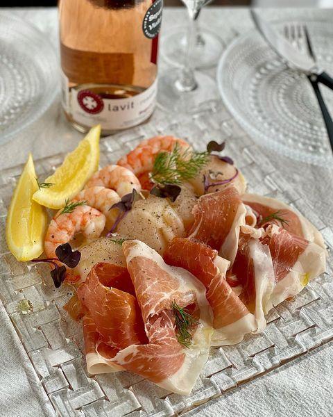 パルマハムと魚介のカルパッチョ