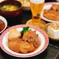 きのこ炊き込みご飯の美味しさ引き立つ献立集。メインや汁物レシピをご紹介