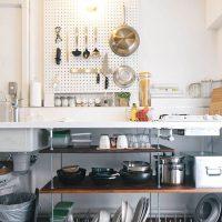 古いキッチンのおしゃれリメイク術。まるでリフォームしたかのように大変身