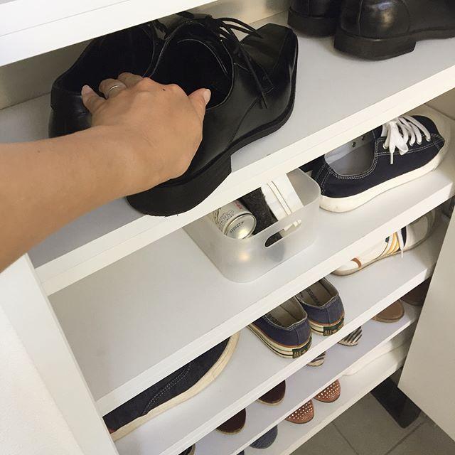 靴箱を活用して収納するアイデア