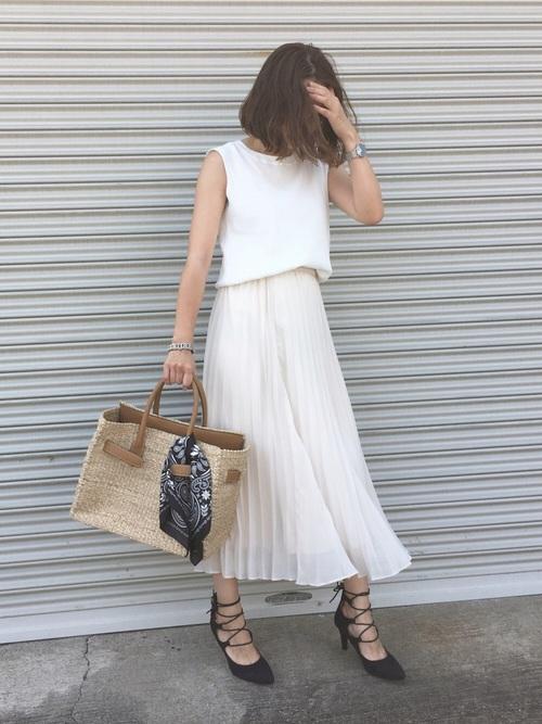 ユニクロプリーツスカート×白Tの夏コーデ