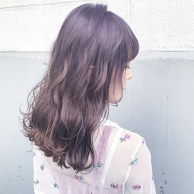 透明感溢れる!紫のグラデーション