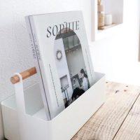 白と木製の持ち手が可愛い!まとめ収納に便利なツールボックス