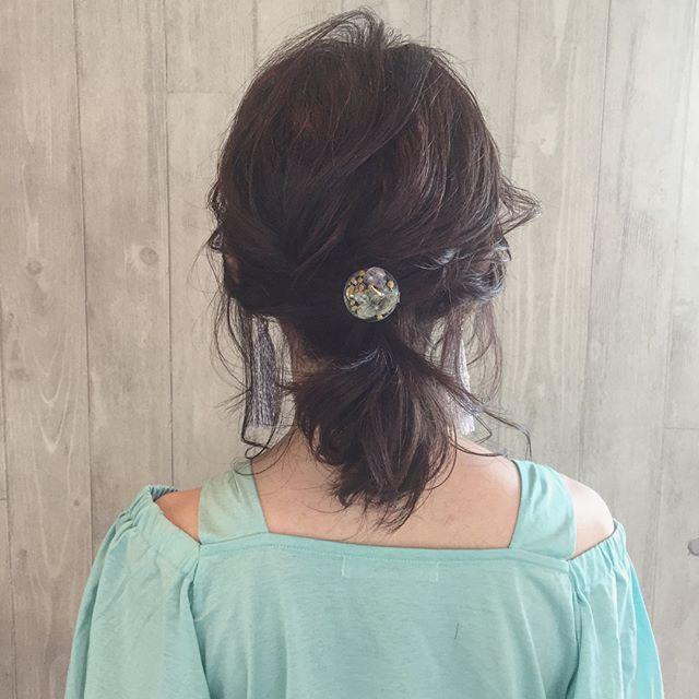 簡単大人可愛いシンプルまとめ髪
