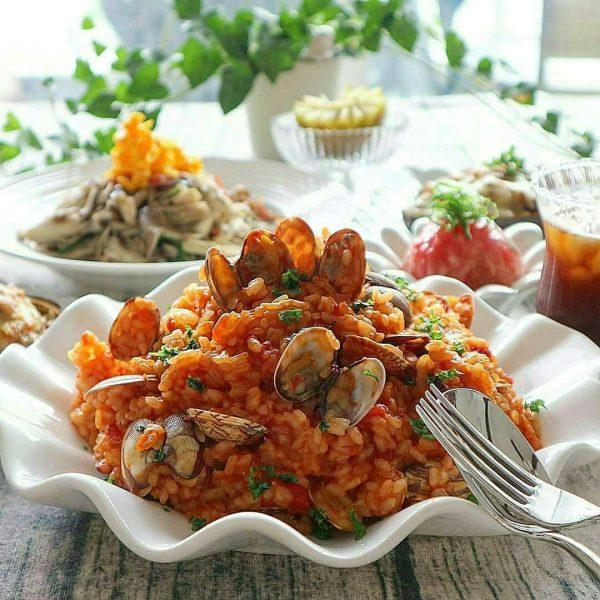 調理も簡単!あさりと完熟トマトのリゾット