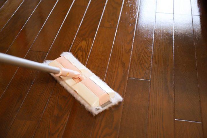 吸着シートを使った網戸掃除の仕方