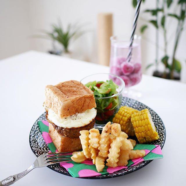 パン食には野菜を添えて♪栄養バランスメニュー
