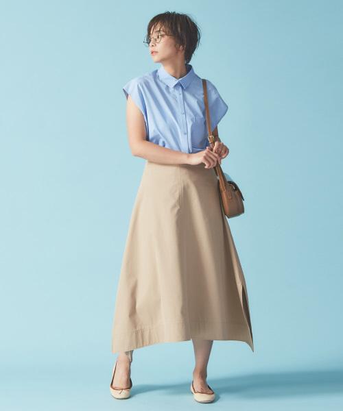 フレンチ袖シャツ×レディースチノスカート