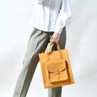 きちんと感もあるカジュアルな通勤バッグ20選。機能性も高いこだわりの逸品をご紹介