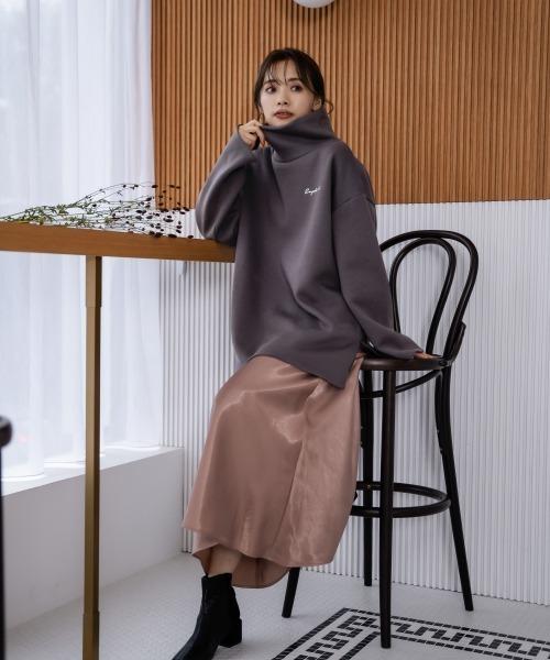 [mysty woman] 刺繍ロゴタートルプルオーバー 925384