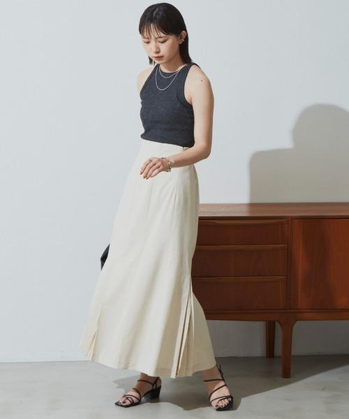 レディライクなプリーツスカート