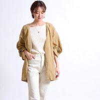 サッと羽織る大人のおしゃれ。シャツジャケットのおすすめスタイル15選