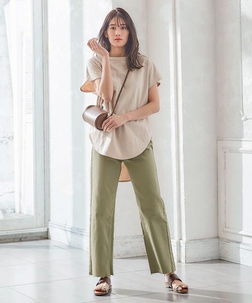 ロングTシャツ×カットオフデニムワイドパンツ