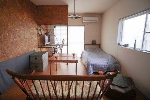 インダストリアルで機能的な一人暮らしの部屋