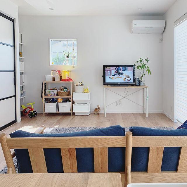 テレビ横のおもちゃスペース