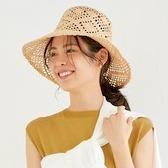 麦わら帽子でコーデを素敵にアップデート《2021夏》大人のファッション見本帖