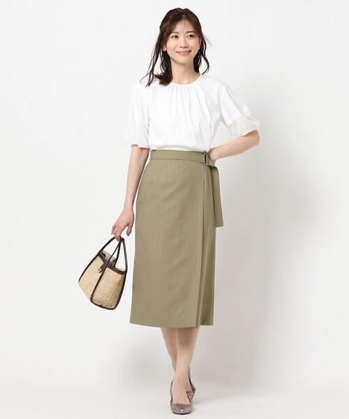 サイドタックセミタイトスカート