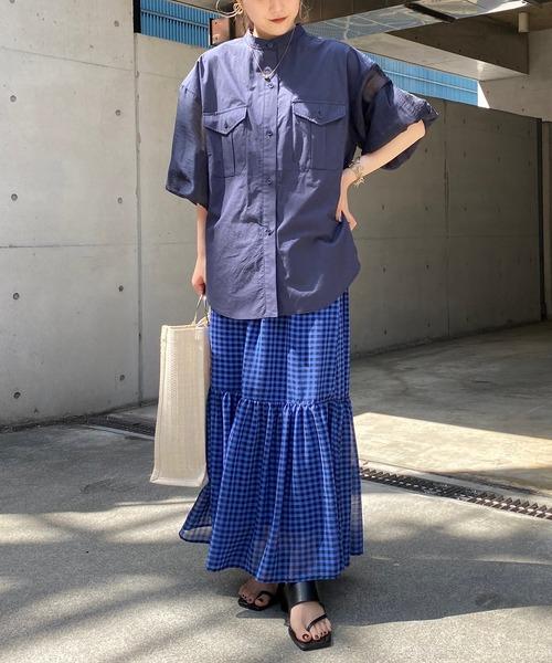 ネイビーシャツ×ブルーチェックスカート