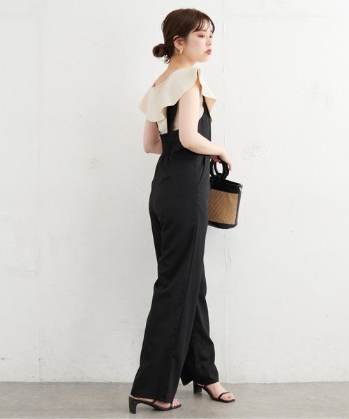 パール釦デザインひらっと衿ニット