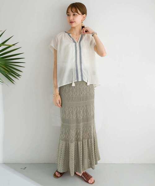 柄編みニットタイトスカート