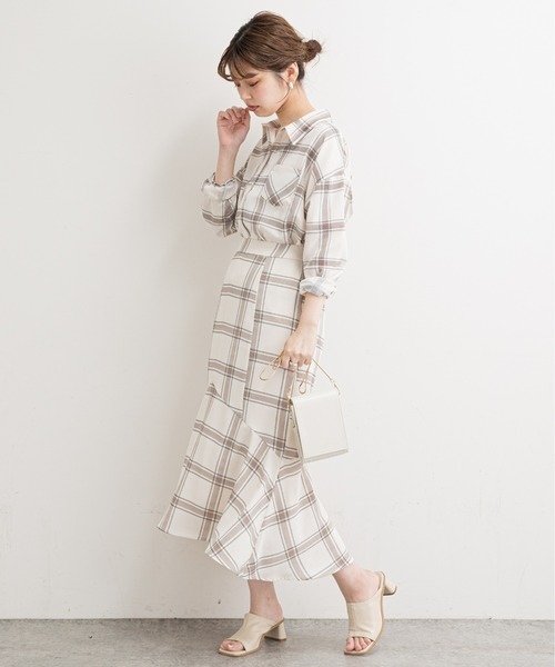 [natural couture] 【WEB限定】サイドスリットシンプルゆるシャツ