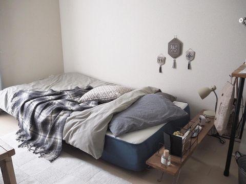 マットレス素材にこだわった寝室レイアウト