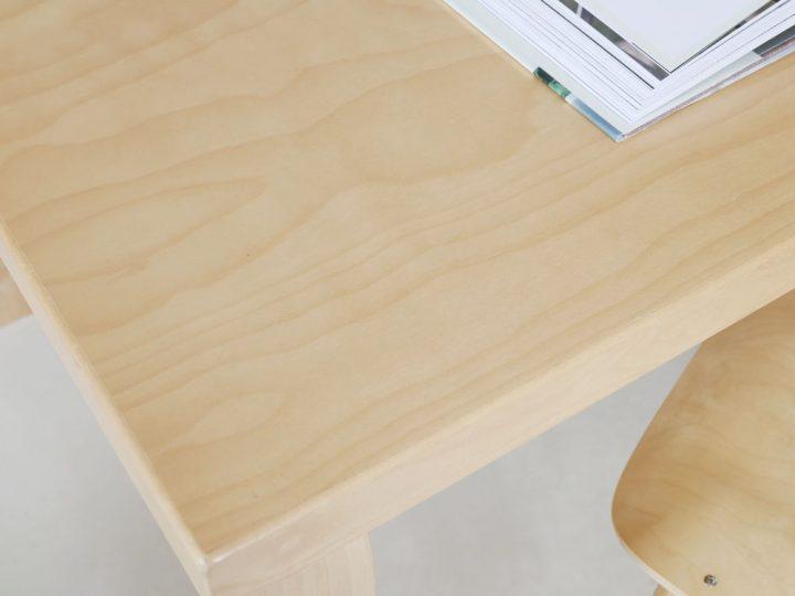 テーブル8
