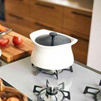 鍋もおしゃれにこだわりたい。最新のアイテム14選で調理がもっと楽しくなる