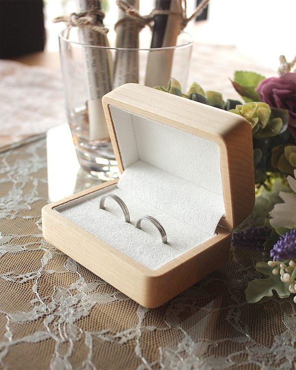 二人の指輪と思い出も包むペアリングケース