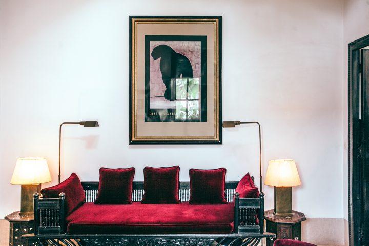 赤と黒でシノワズリテイストなお部屋
