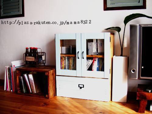 食器棚の扉で簡単リメイクキャビネット