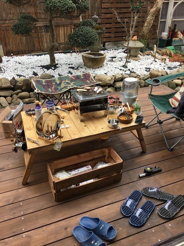 折り畳み可能なガーデンテーブル
