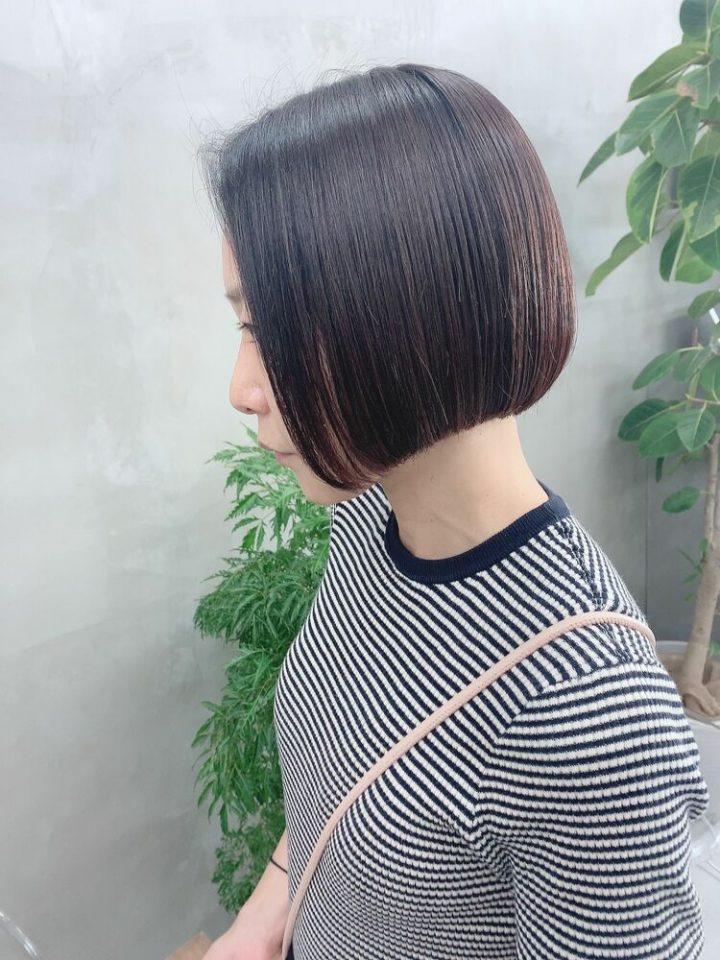 すっきりシンプルな黒髪ミニボブ