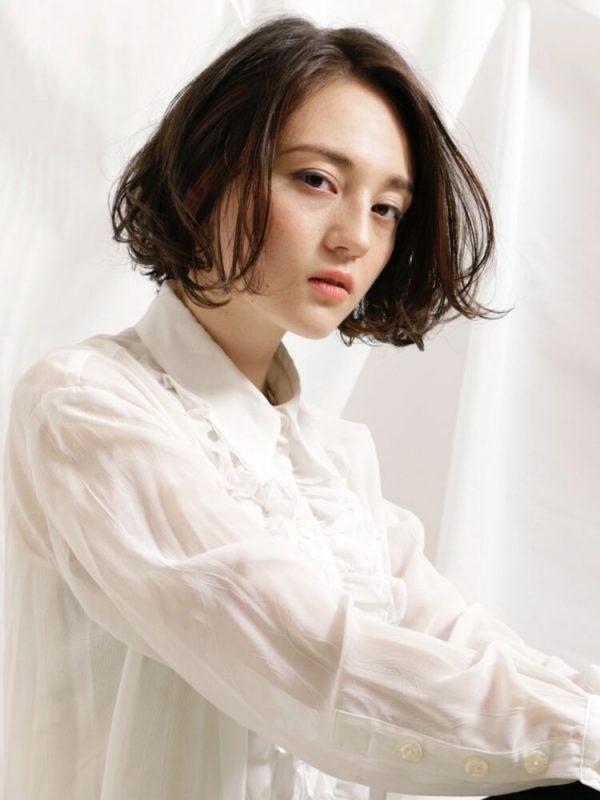 人気の韓国風黒髪ボブ6