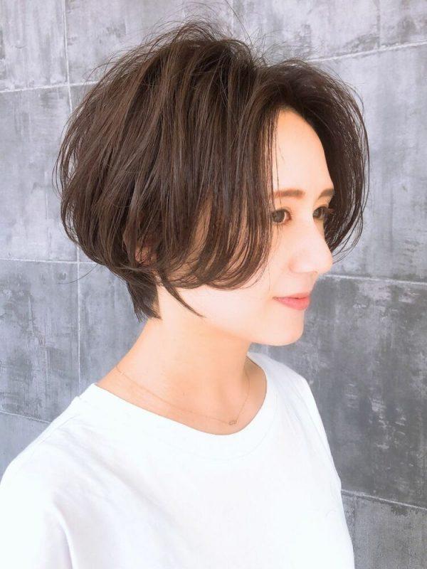小顔効果も期待できるふんわりとした髪型