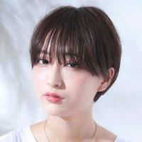 黒髪×ベリーショートのヘアカタログ。女性らしさもかっこよさも叶える髪型って?