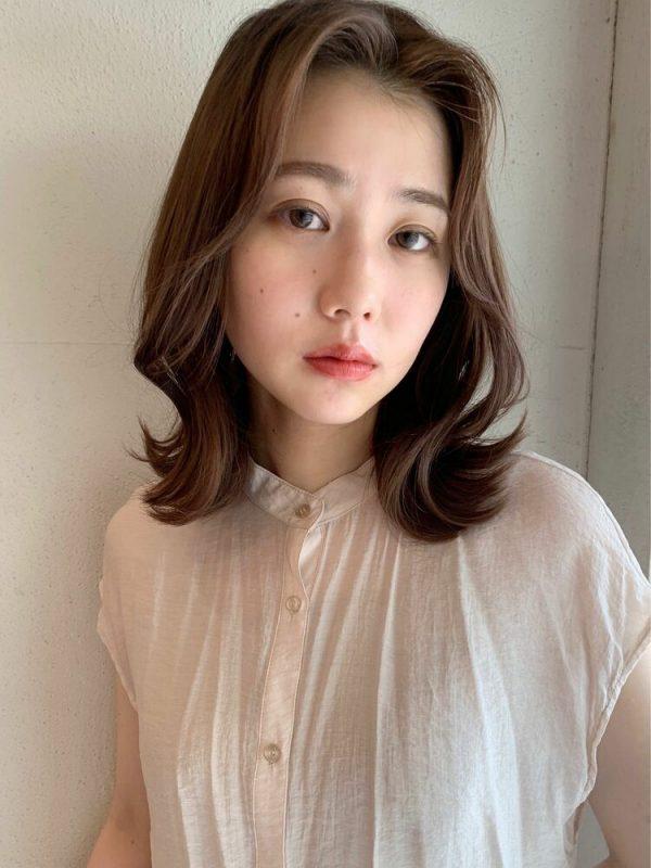韓国風のミディアムヘア