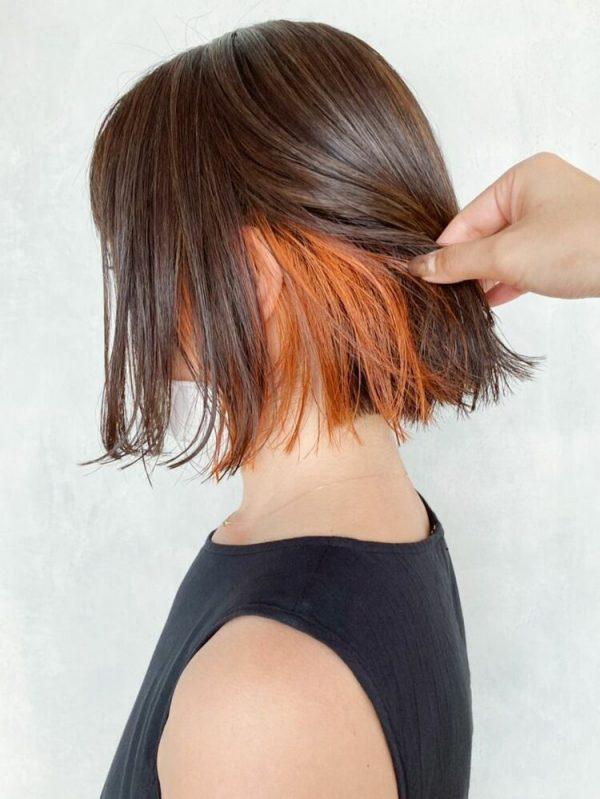 カジュアルなオレンジベージュのインナーカラー