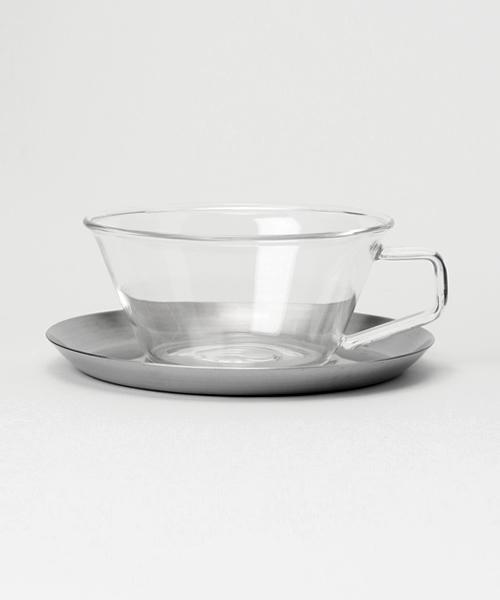 使いやすいデザインの透明グラスカップ