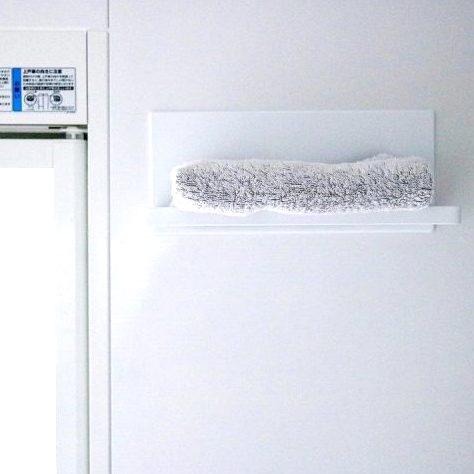 浴室内が便利になる!タオルを置く棚を設置しよう。