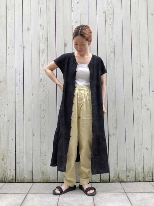 ティアードシャツワンピース×パンツの夏コーデ