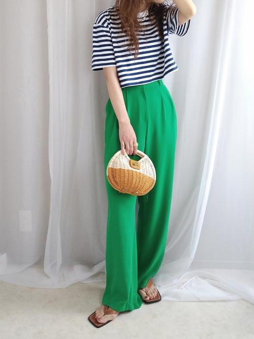 ZARAボーダーT×緑パンツの夏コーデ