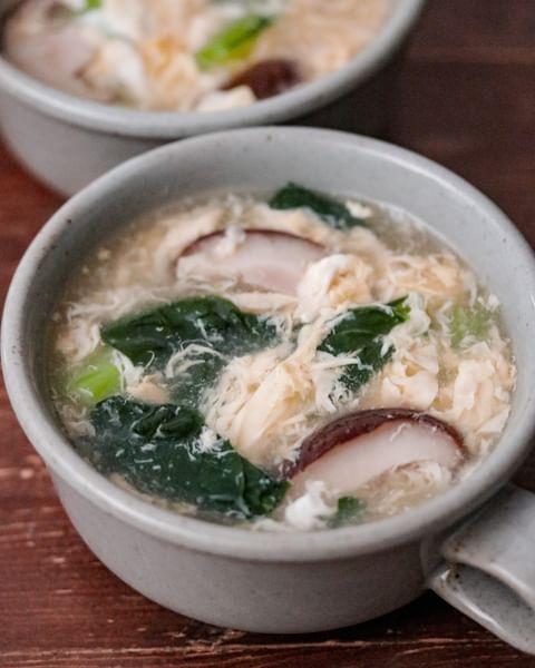 ふんわり卵と小松菜のとろみ中華スープ