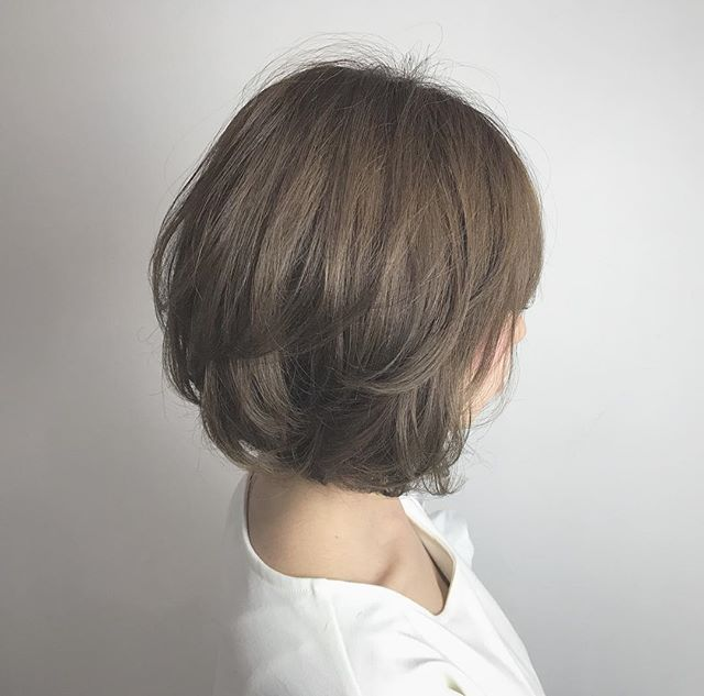 柔らかい美人髪が叶うライトベージュ