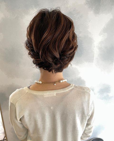 短めボブでもきれいに作れる結婚式アップヘア