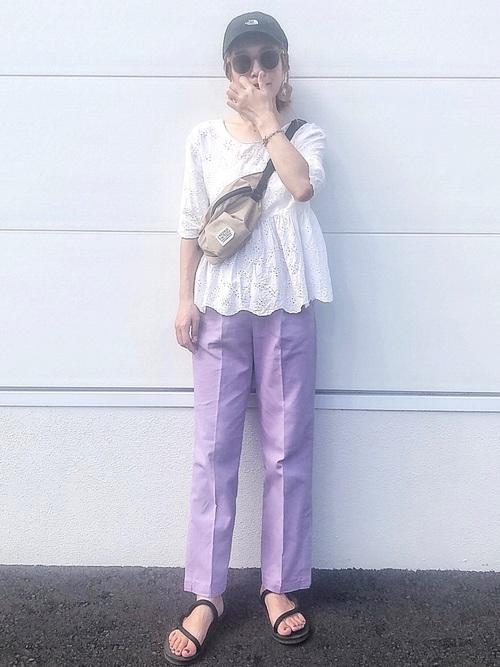 白ZARAレースブラウス×紫パンツの秋コーデ