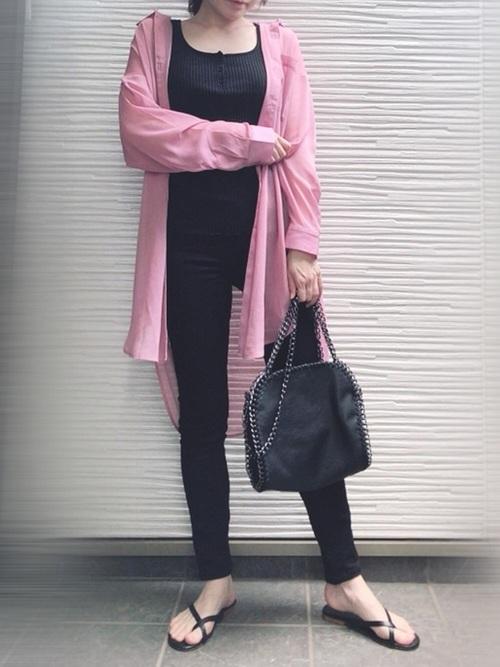 GUのピンクシアーシャツ