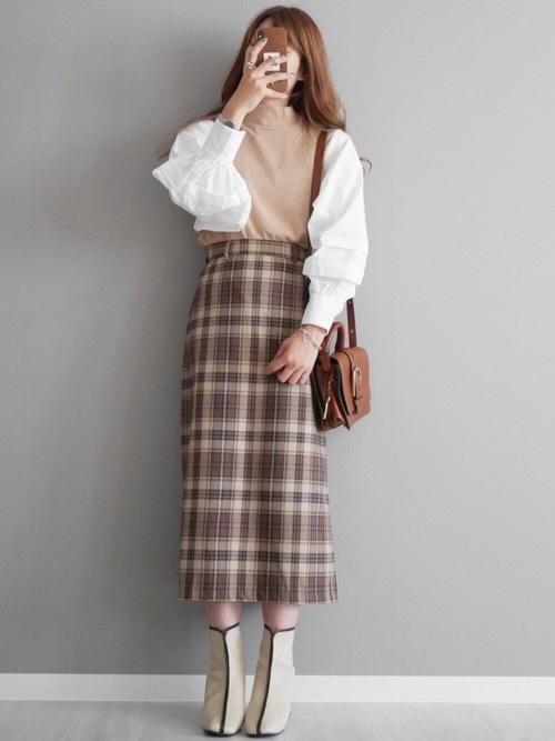GUタイトスカート×切り替えトップスの秋コーデ