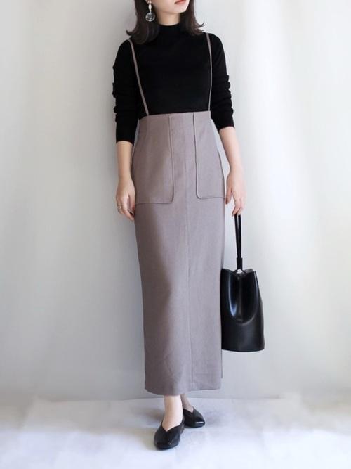 GU黒ニット×タイトスカートの秋コーデ