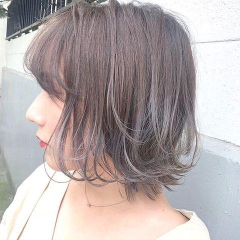 大人気♡明るめグレーのグラデーションヘアカラー